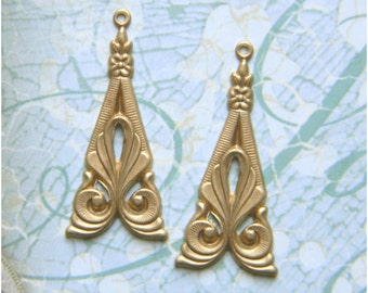 12 pcs. Raw Brass Art Deco Drop Stamping Pendant 15mm x 35mm - (r139)