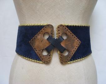Rare vintage 70s Vera Neumann belt, vintage hippie belt, blue suede belt, vintage cinch belt, vintage hook belt