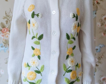 Spring Vintage Medium Sweater