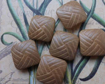 Wooden buttons, vintage buttons, square buttons, carved buttons