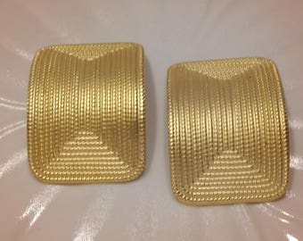 Norma Jean Large  Gold Tone Clip Earrings 1980's Vintage Fashion Jewelry Great Gift