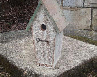 Key to My Heart Birdhouse with Weathered Light Green Roof