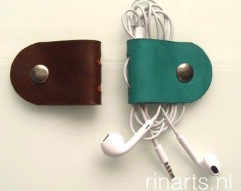 Earbuds cord holder /  headphone cable organizer in  green turquoise and brown vegetable tanned bridle leather. Set of 2.