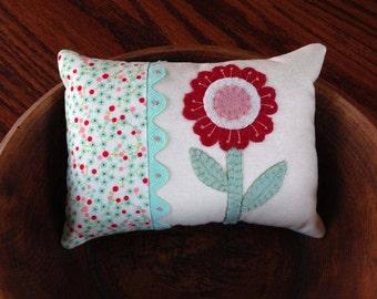 kit; sweet cotton and wool flower pincushion