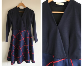 Vintage Navy and Red Dress with Circle Skirt Size 10