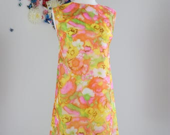 1960s Hawaiian Dress - Vintage Floral Watercolour Shift Dress - S/M - Summer Spring - Sleeveless - Midi A-line - Abstract - Yellow Pink