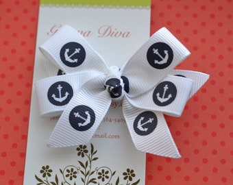 White with Navy Anchors Mini Diva Bow