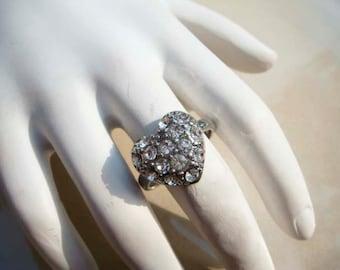 Vintage Silver Rhinestone Heart Ring