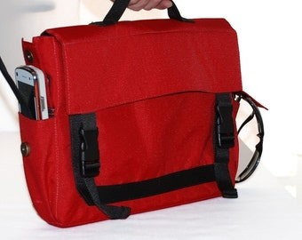 Padded Laptop Bag, Messenger Bag, Adjustable Straps - Helena in Red
