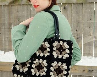 Mothers Day gift, granny square shoulder bag, tote bag, yarn bag, granny square shopping bag, birthday gift, book bag, granny square