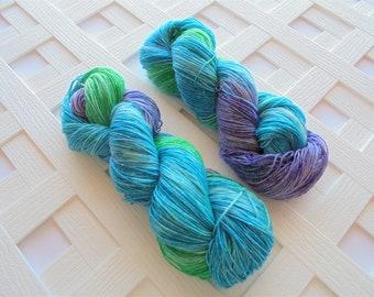 MERMAID TAIL Handdyed Yarn, Speckle Yarn, Gift for Knitter, Sparkly Yarn Handdyed Yarn, Superwash Sock Yarn, Indie-Dyed Sock Yarn