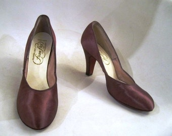 Pair of Bronze Silky Satin Pumps, Heels, ca 1940s