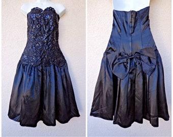 1980s PROM DRESS. 80s Party Dress. Satin Dress. HUGE Bow. Strapless Prom Dress. 80s Prom Dress. Sequins. Gunne Sax Dress. Black Prom Dress
