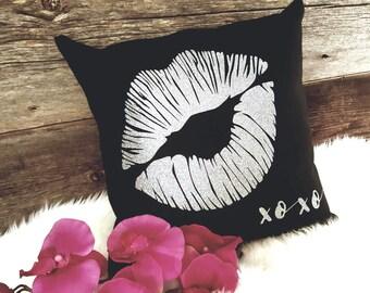 Silver Glitter Lips Pillow - XOXO Pillow - Lips Pillow - Lips Cushion - Girlfriend Gift - Boyfriend Gift - XOXO - Glitter Silver - LIP