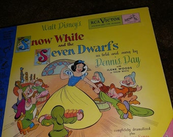 Snow White and the Seven Dwarfs RCA Victor Record and Book