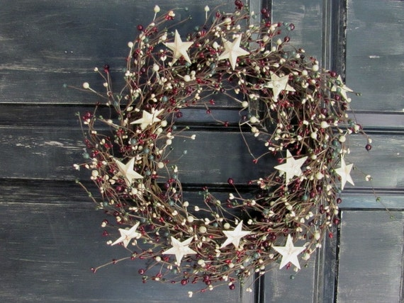 Items Similar To Primitive Christmas Front Door Wreath Pip Berry