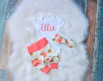 Personalized newborn outfit, newborn outfit, newborn girl coming home outfit, take home outfit girl, baby girl, take home outfit, name