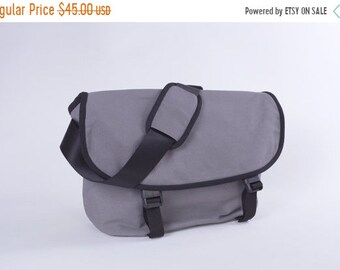 "Mother s Day Big Sale Messenger No. 1 / Medium / Ready to ship / Dark Grey / Lined with Beige / Computer Compartment Fit up to 13"" MBP"