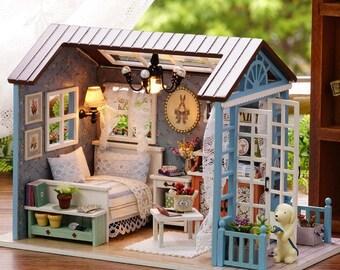 Handmade Doll House Furniture Miniatura Diy Doll Houses FREE shipping!!!Miniature Dollhouse Wooden Toys For Children Grownups Birthday Gift