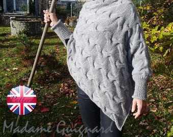 Easy knitting pattern Poncho. Beginner Download PDF Knitting pattern. Handmade Poncho. Knitting patterns for women. Aran knitting patterns.