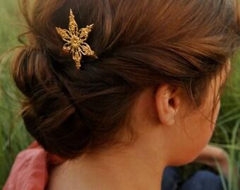 ornate gold star snowflake hair pin star bobby pin-gold star hair clip christmas hair accessory winter wedding barrette new years eve hair