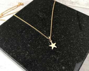 Gold Star Necklace/14k Gold Filled/Gold Star Charm/Everyday/Layer/Gift/UK/Star Jewellery/Boho