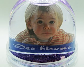 Carved double-sided photo snow globe