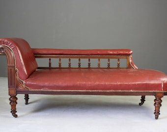 Antique Leather Chaise Longue