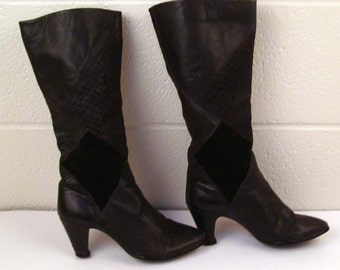 Black Leather Boots Vintage 1980s La Vallee  Suede and High Heel size 5 1/2