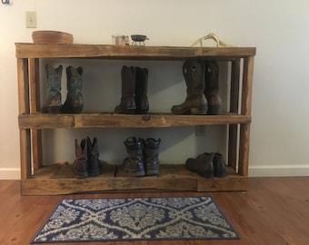 Pallet shoe/boot rack