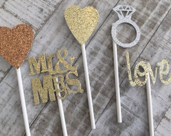 Wedding cupcake toppers,engaged,engaged party,engagement party,we do,cupcake toppers,bridal shower,wedding cupcake picks,wedding cupcake