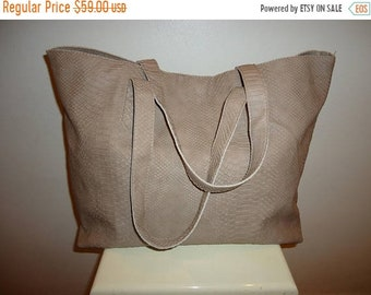 50% OFF Beautiful Vintage Taupe Faux Leather Taupe Tote Bag