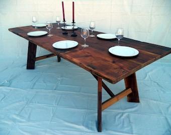 Table de ferme construits avec du bois de récupération, un unique fabriqué à la main table à manger (local pick up / livraison uniquement s'il vous plaît)
