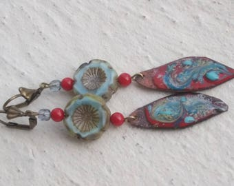 Earrings in red and blue: poppies in glass and enameled copper