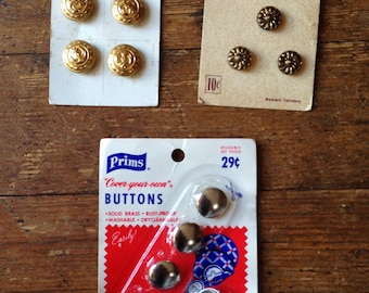 1950's early 1960's Vintage Ornate Brass Button Lot and Button Maker Kit. Prims, Le Chic. Carded. B. Blumethal and Co, Willam Prym, Inc