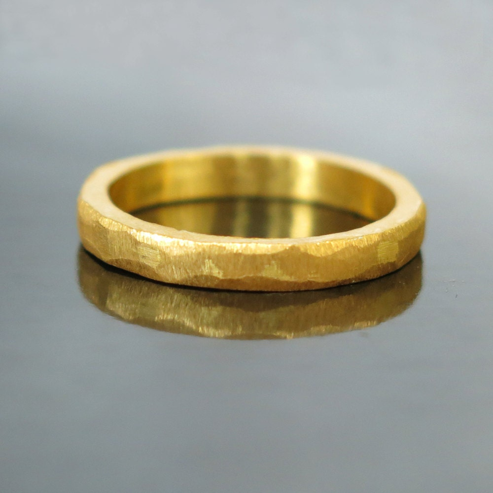 zoom - Modern Wedding Rings