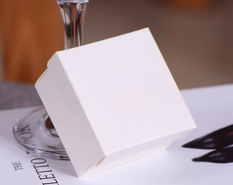 300x Pearl White Bomboniere Favour Boxes - White Paper Boxes Wedding & Party Gift Box - Chocolate Candy Cookie Box - Christmas Gift Box
