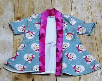Cute Cat Face Open Fitted Cardigan with contrasting Collar 18 months.