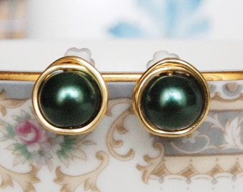 Green Earrings , Holiday Earrings , Evergreen Post Earrings , Wire Wrapped Studs , Bridesmaids Earrings