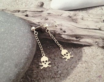 Adorable skulls earrings