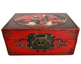 Boîte à bijoux de Geisha japonaise Vintage vente Red & Black w/laiton matériel décoration asiatique Collectibles