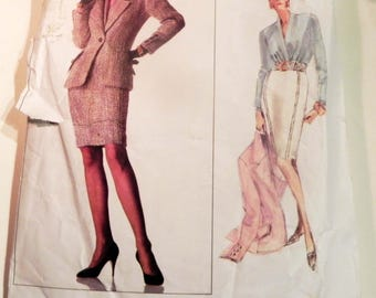 "1980s Oscar de la Renta Suit Jacket Skirt fitted blouse sewing pattern Vogue 2159 Size 6 8 10 Bust 30.5 31.5 32.5"""