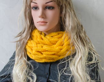 Infinity Arm Knitted Infinity Scarf/ Different colours