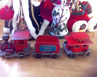 Christmas Train, Wooden train set, Christmas decor, Locomotive, Caboose, Vintage Wooden Train