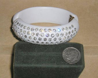 Vintage Weiss Thermal Set Hinged Clamper Bracelet With Clear Rhinestones Chic 1950's Unsigned Jewelry 11304