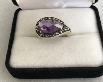 Lovely Marcasite Amethyst Checkerboard Cabochon Sterling Silver 925 Ring