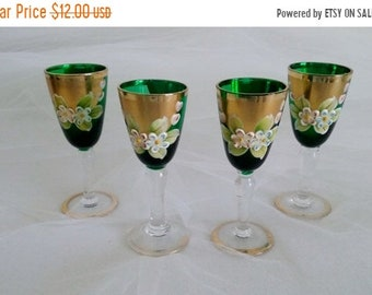 SALE Bohemian Cordials Set of 4//Gold Guilded Glass Cordials//Cordial Glasses//Vintage Cordials