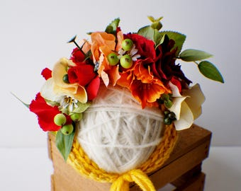 Flower Bonnet, Baby hat, Garden Bonnet, Rose Bonnet, Floral Bonnet, Baby Photo Prop, Newborn Photo Prop, Newborn Baby Girl Hat