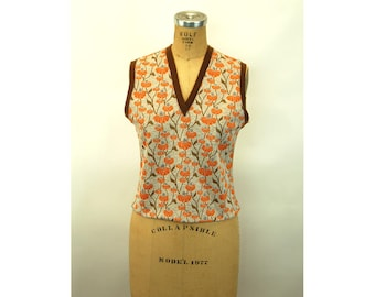 1970s knit vest pullover cropped orange brown floral Size M