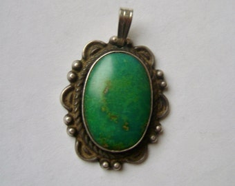 vintage sterling and turrquoise pendant